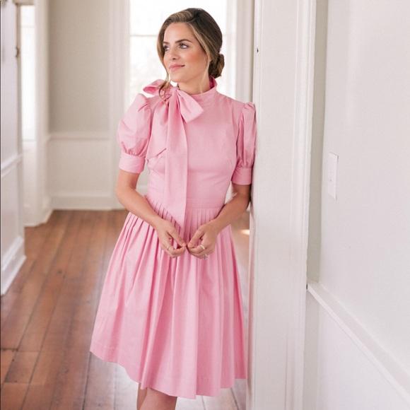 Gal Meets Glam Dresses & Skirts - NWT Gal Meets Glam Hanna Dress $198-Size 8